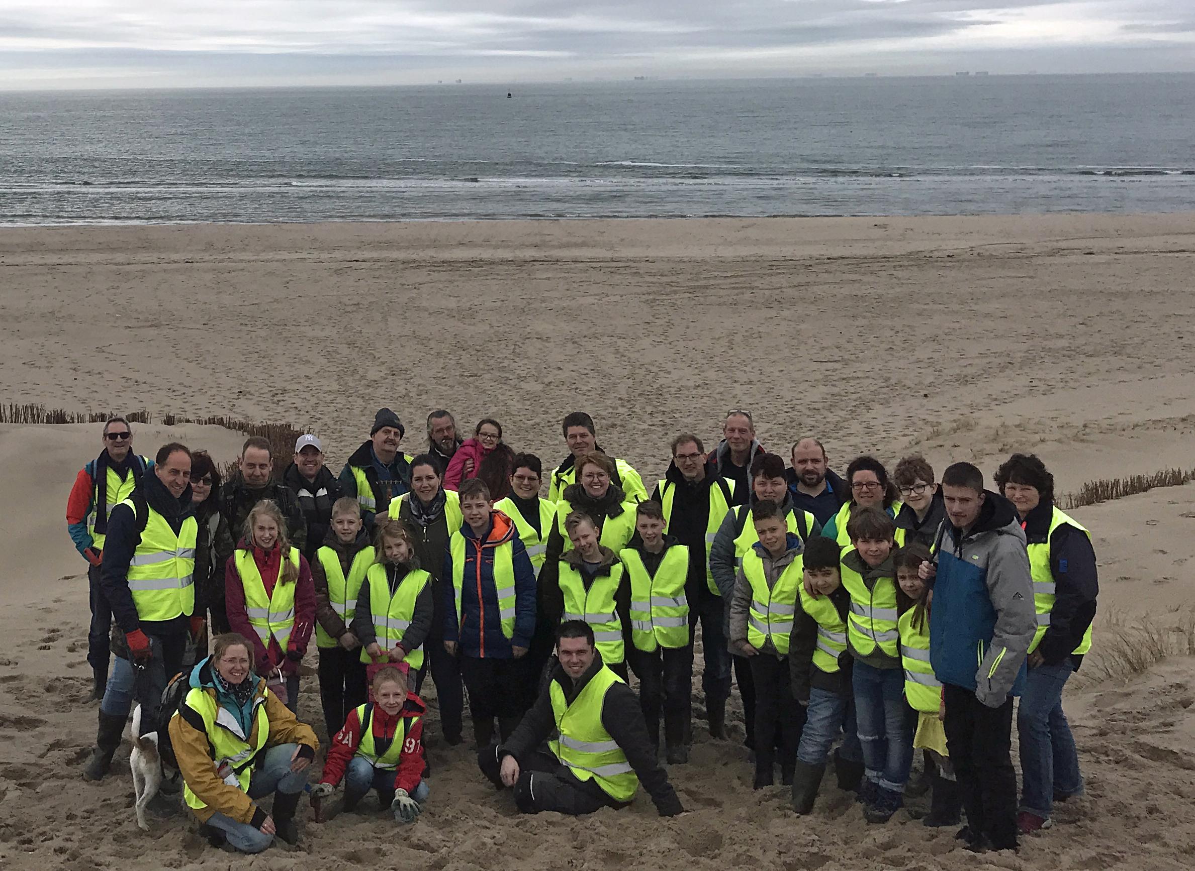 De groep bestaande uit 32 personen die in 2018 de 2e Maasvlakte heeft bezocht